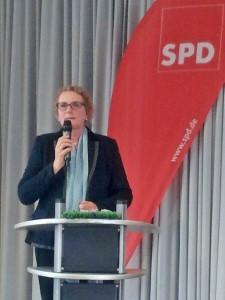 Marion Warden beim Frühlingsempfang der SPD-Bilk.