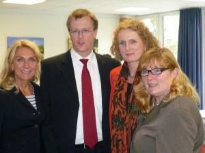 BM Gudrun Hock, SPD FRaktionsvorsitzender BV4 Tobias Kühbacher, Marion Warden und Nicole Siemes-Niederdellman , SPD Meerbusch-Büderich